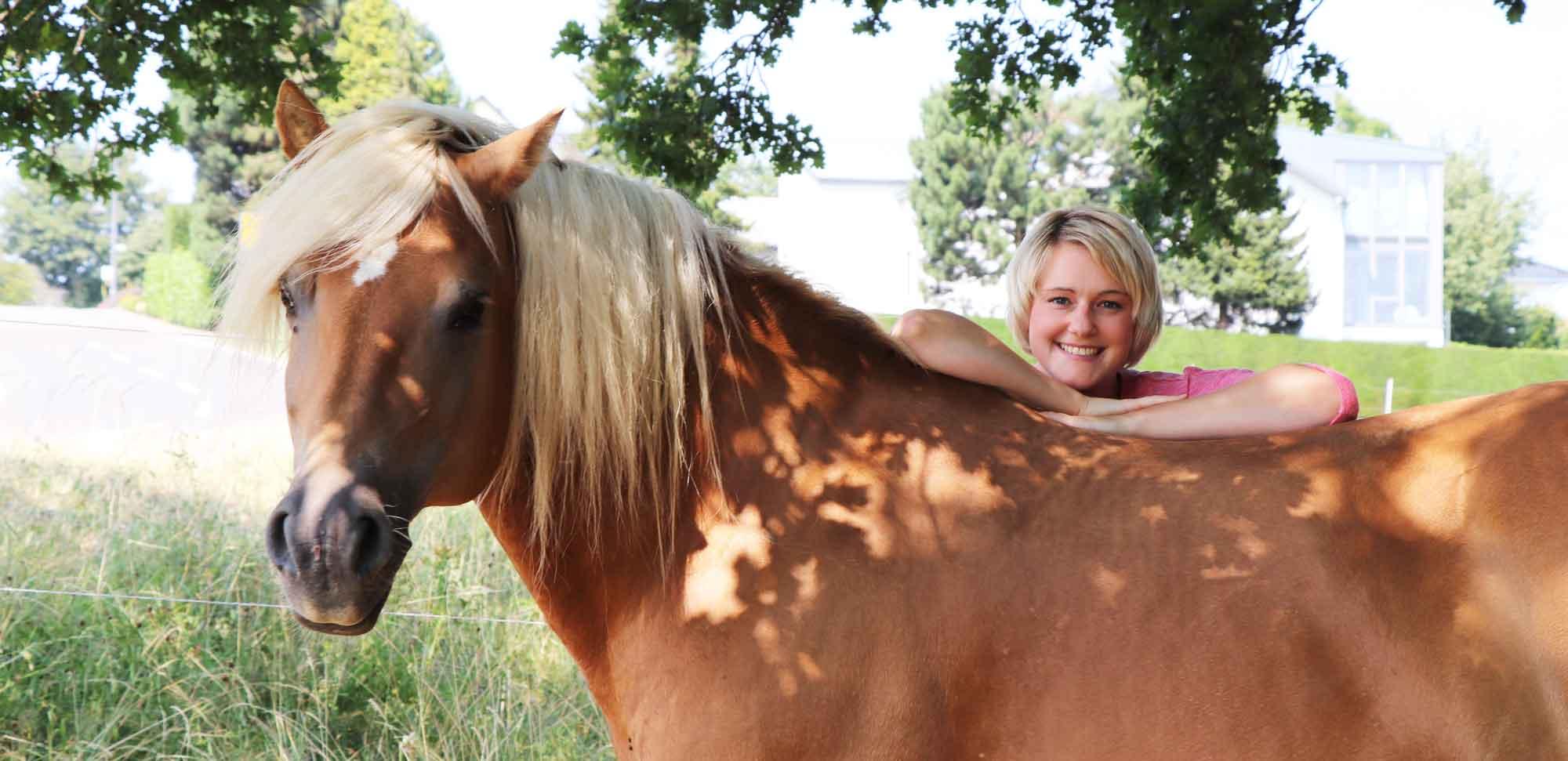 Jelena Klei | Heilpraktikerin und Pferdecoach